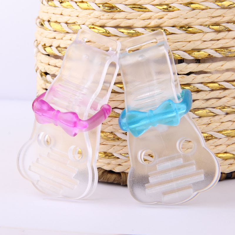 Soother clips