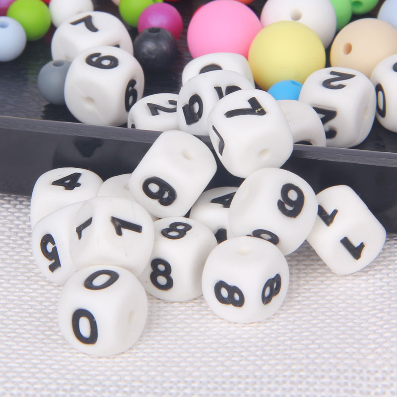 silicone letter beads